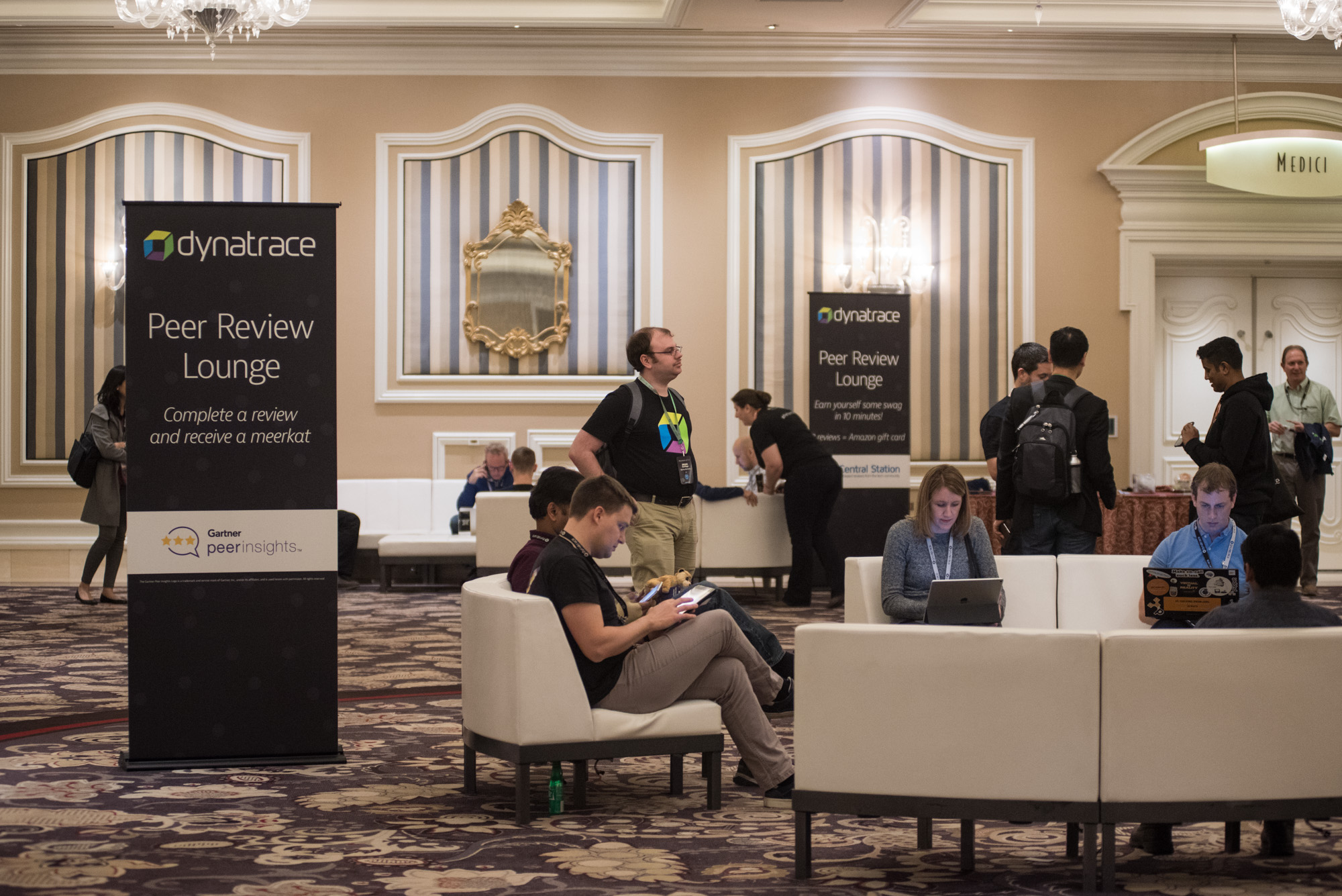 Attendees working during the break at perform 2018