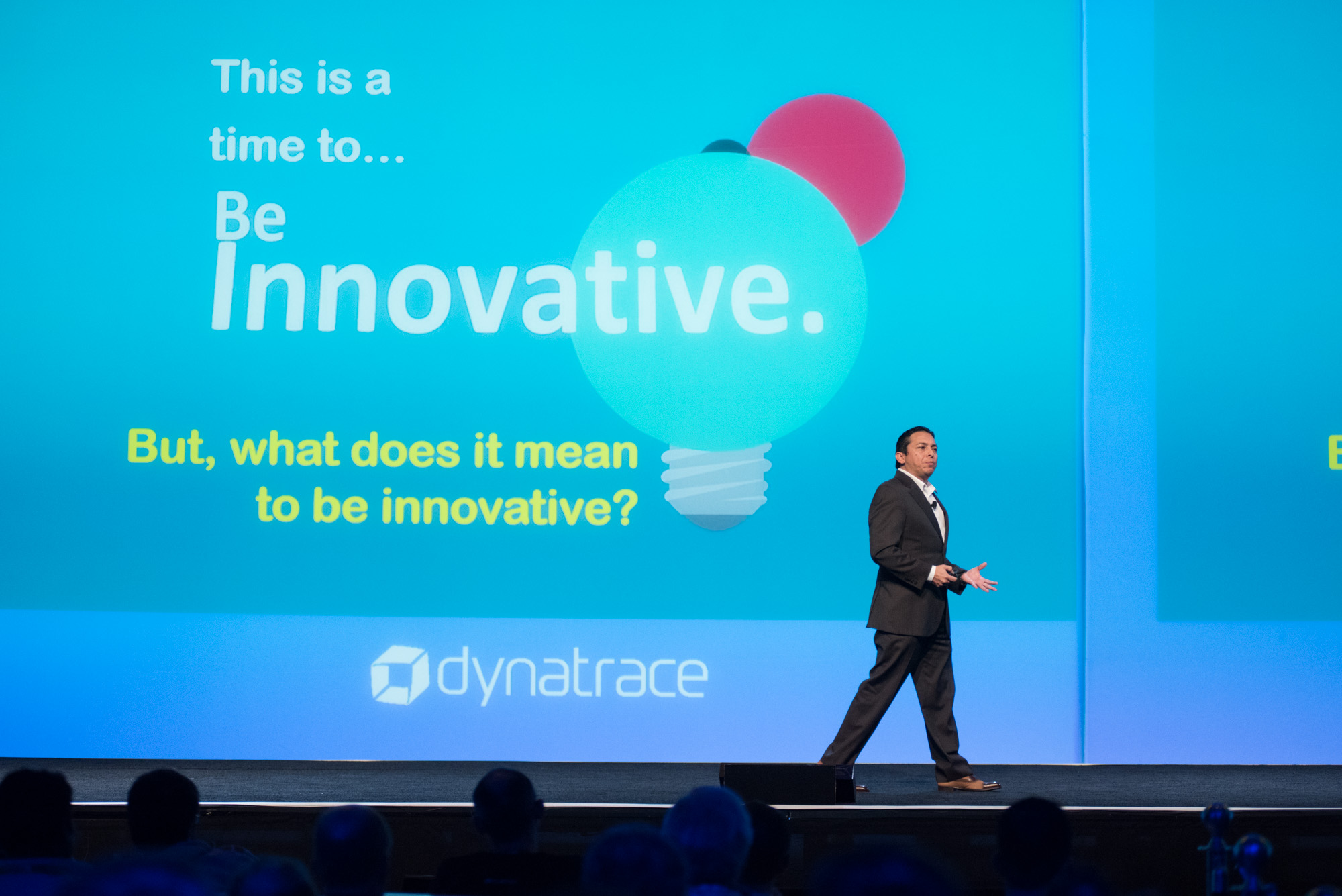 Brian Solis presenting at perform 2018 about what it means to be innovative