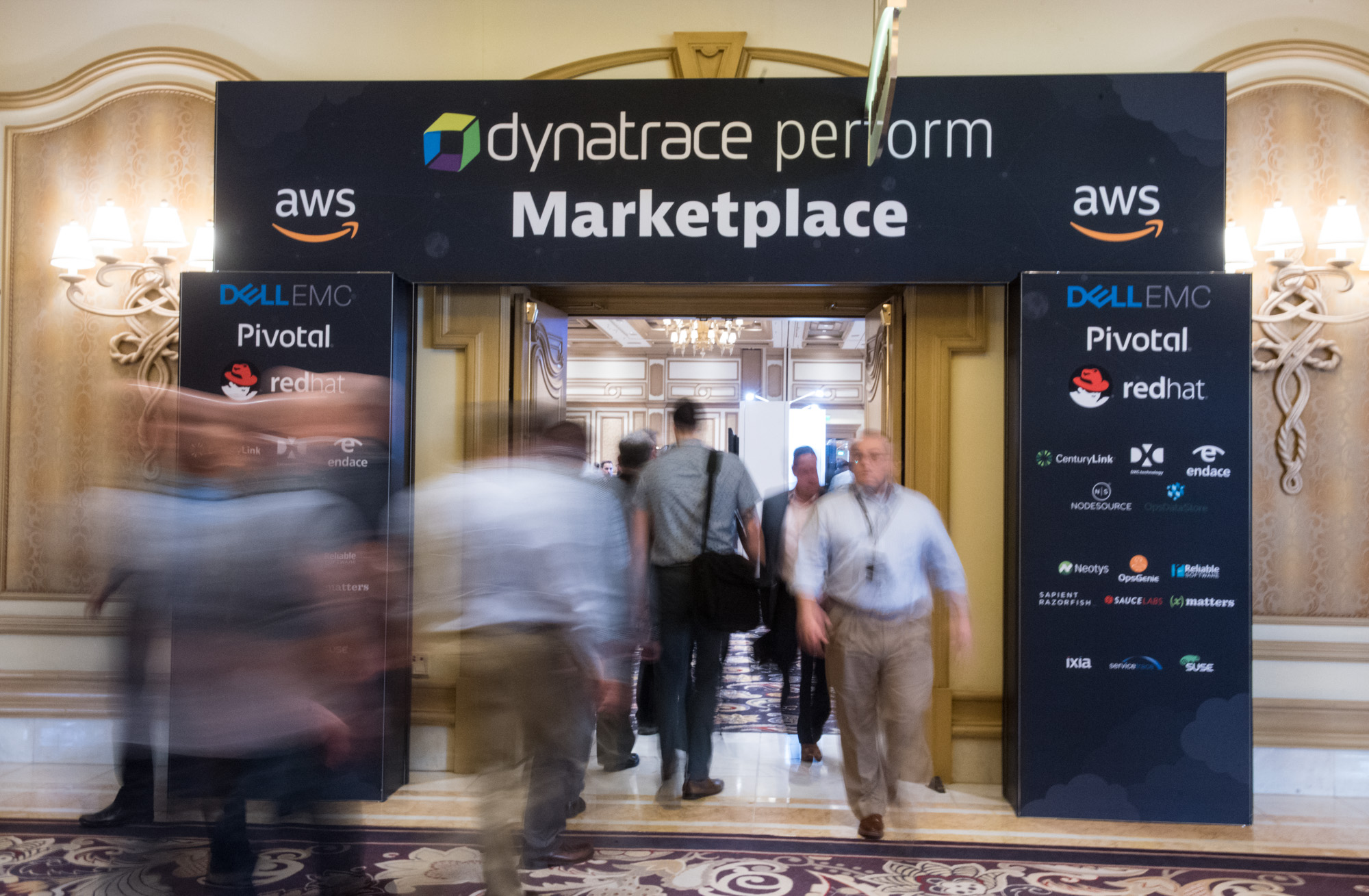 Marketplace at perform 2018 is busy